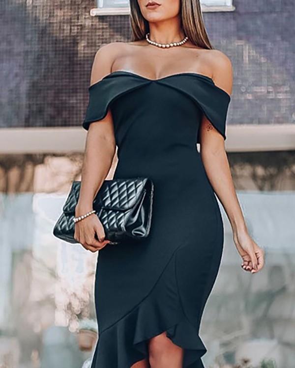 Deep V-neck Ruffled Package Hip Dress