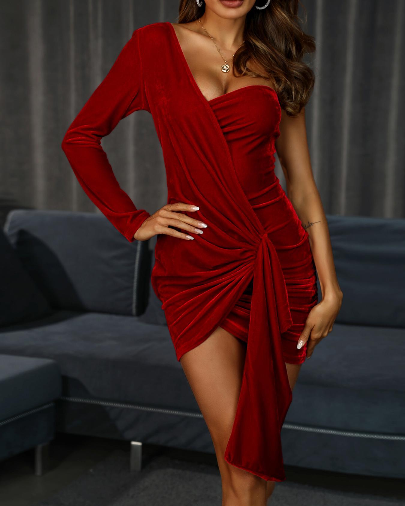 One Shoulder Ruched Design Wrap Party Dress