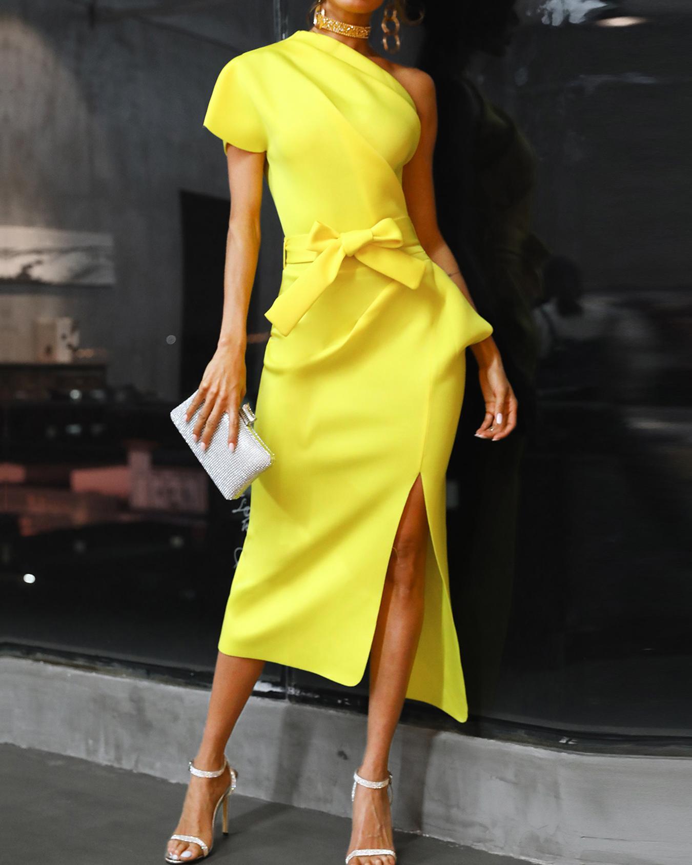boutiquefeel / One Shoulder Ruched Slit Irregular Dress