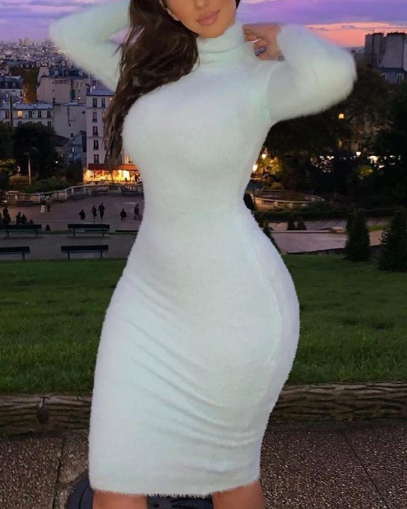 boutiquefeel / Mini vestido de gola alta Bodycon
