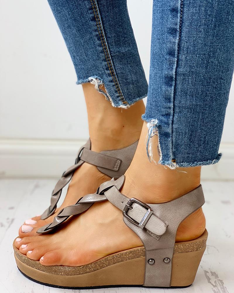 ivrose / Rivet Design Toe Post Wedge Sandals