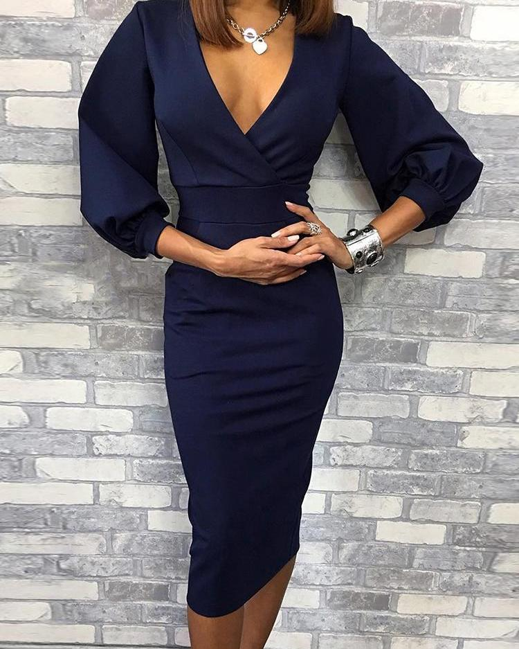 chicme / Deep V Lantern Sleeve Midi Dress