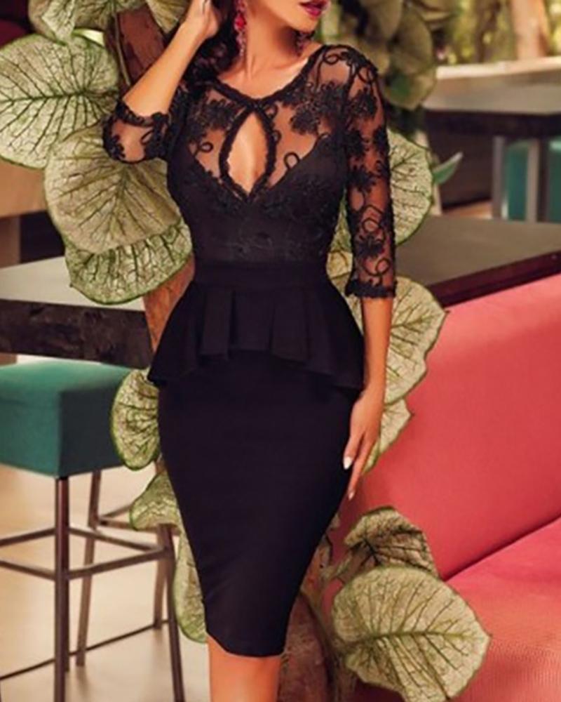boutiquefeel / Round Neck Lace Yoke Keyhole Ruffles Bodycon Dress