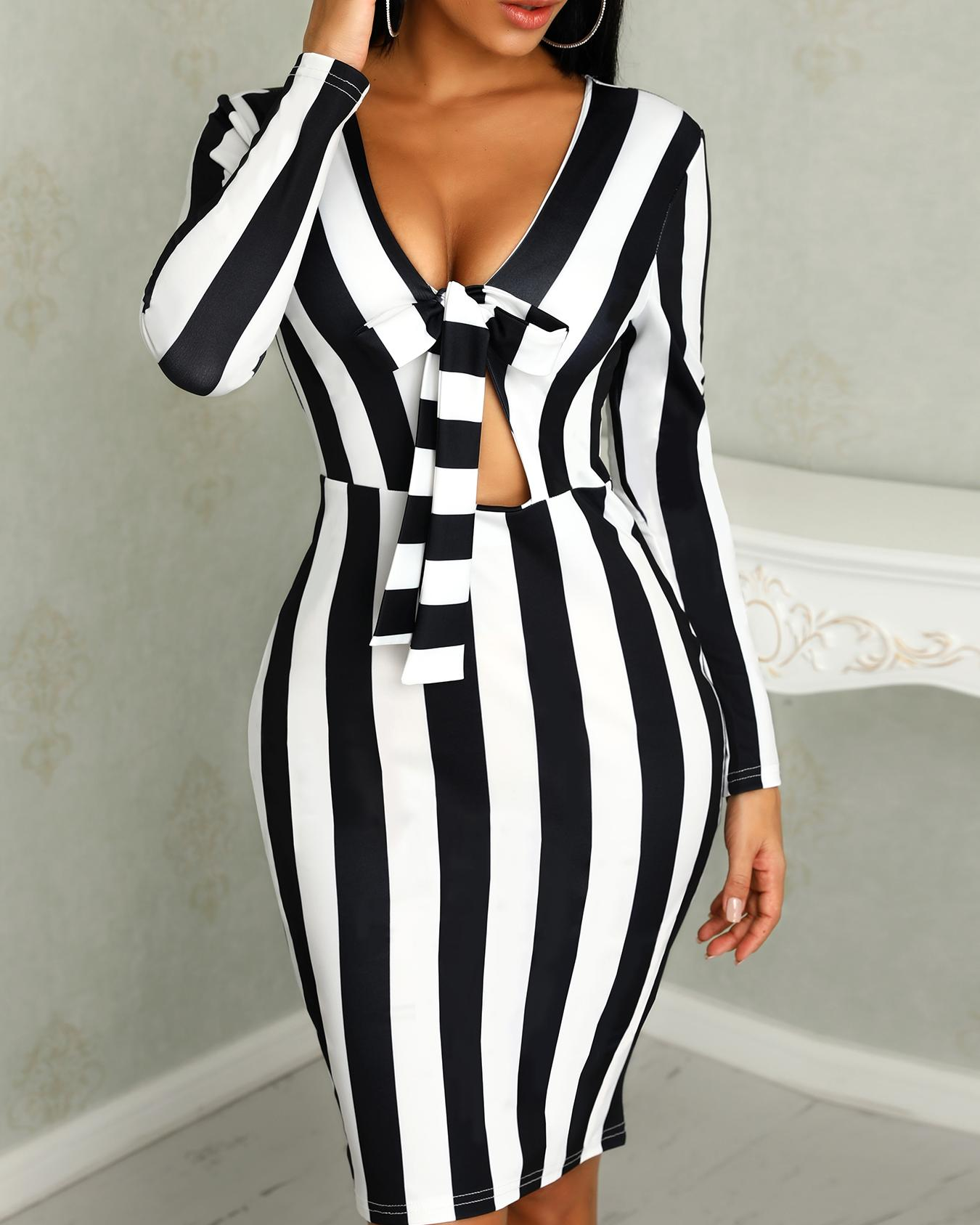 joyshoetique / Contrast Stripes Long Sleeve Knotted Bodycon Dress
