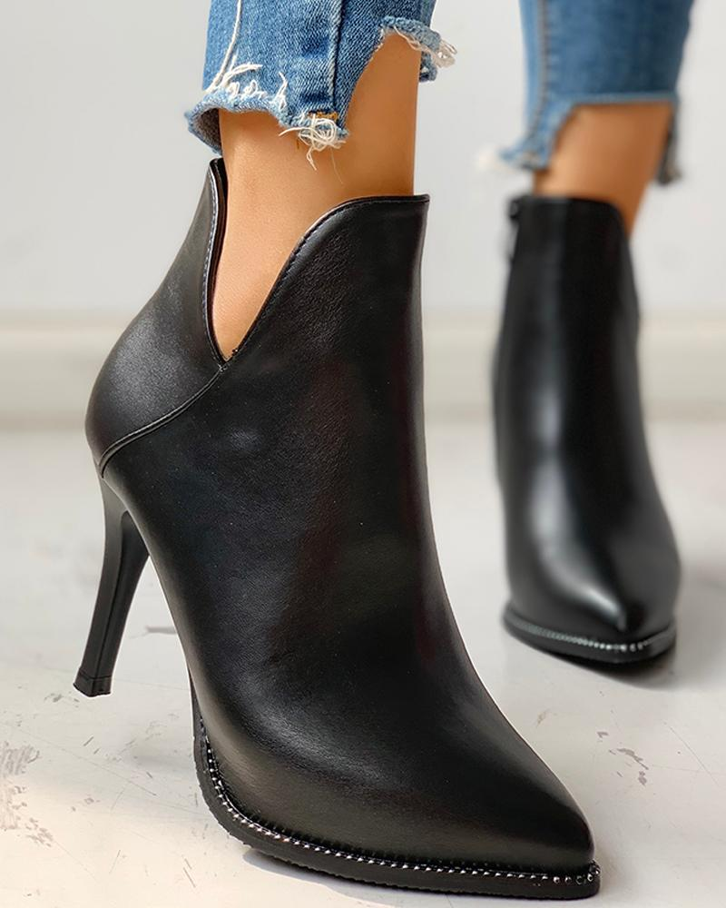 Купить со скидкой Solid Pointed Top Cut Out Ankle Boots