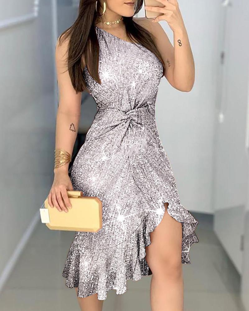 boutiquefeel / Vestido con dobladillo con volantes retorcidos y un hombro con purpurina