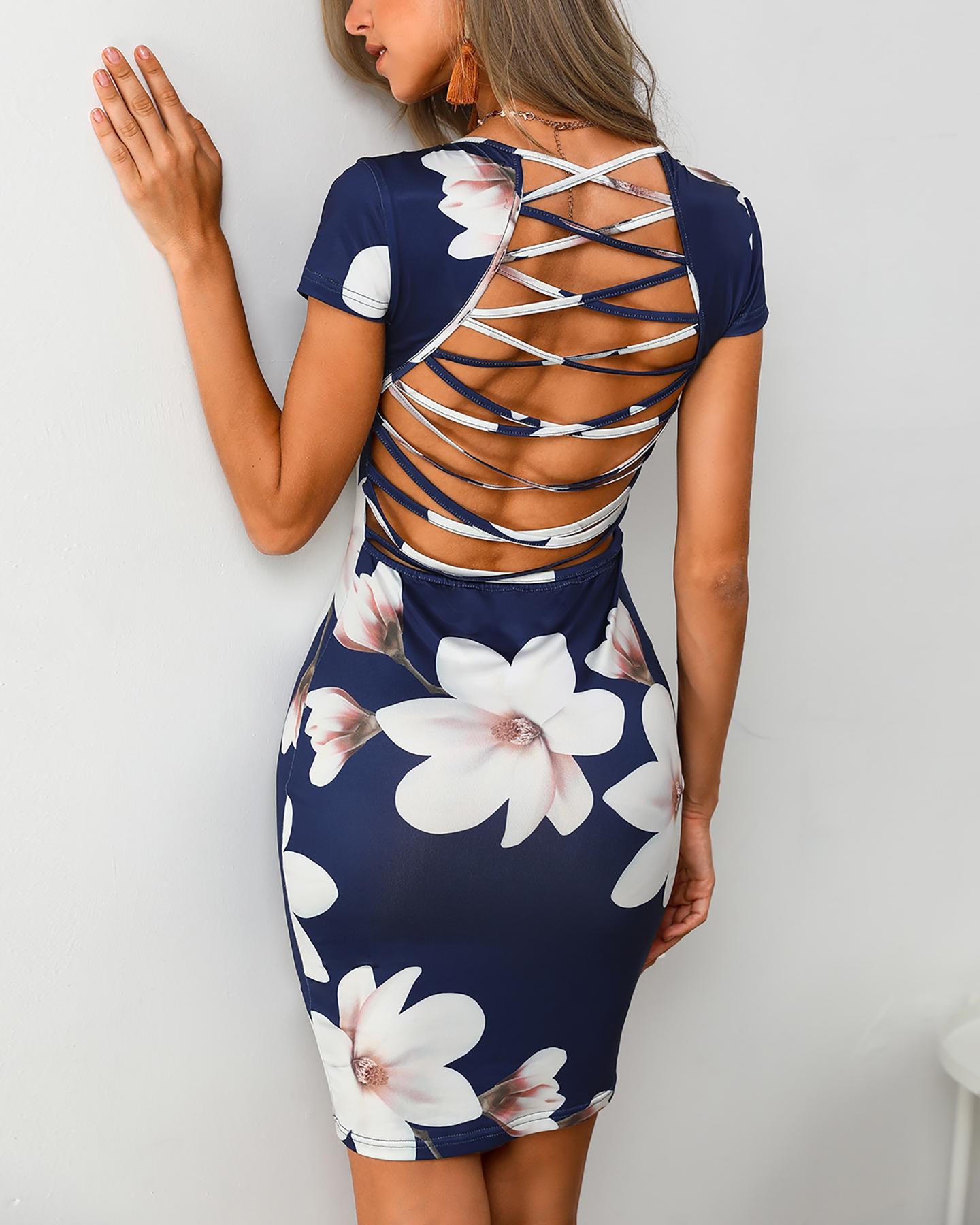 chicme / Vestido ajustado con estampado floral en la espalda con cordones