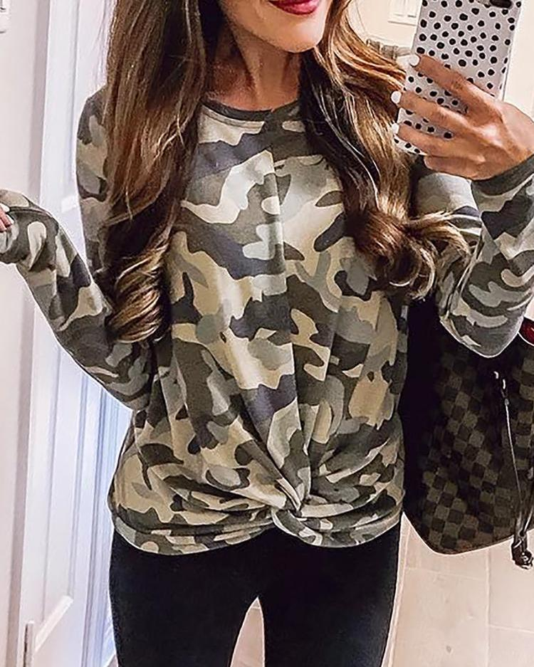 Long Sleeve Camo Twisted Sweatshirt фото