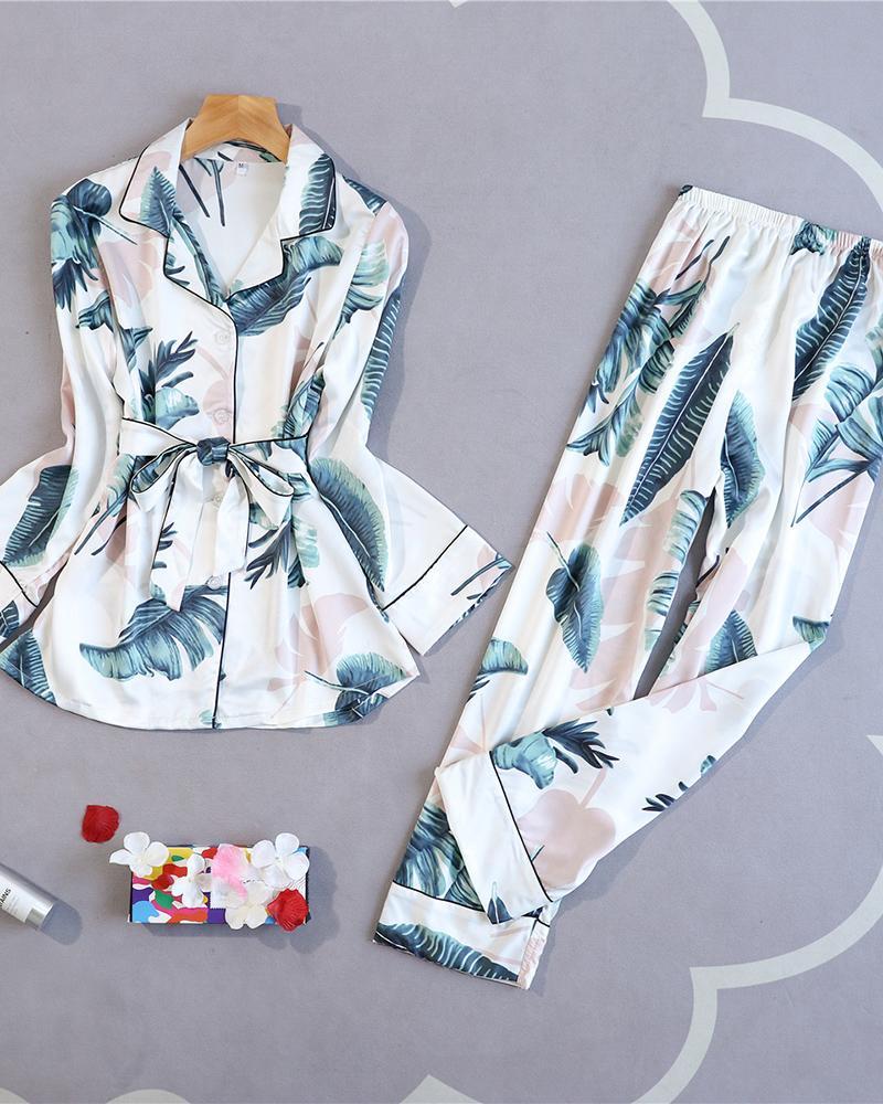Long Sleeve Floral Print Buttoned Pajamas Set