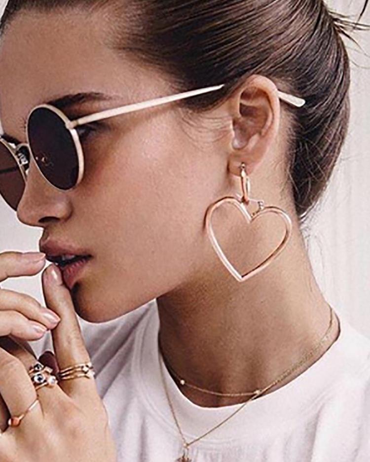 Plated Double Heart Pattern Pierced Drop Earrings - Gold фото