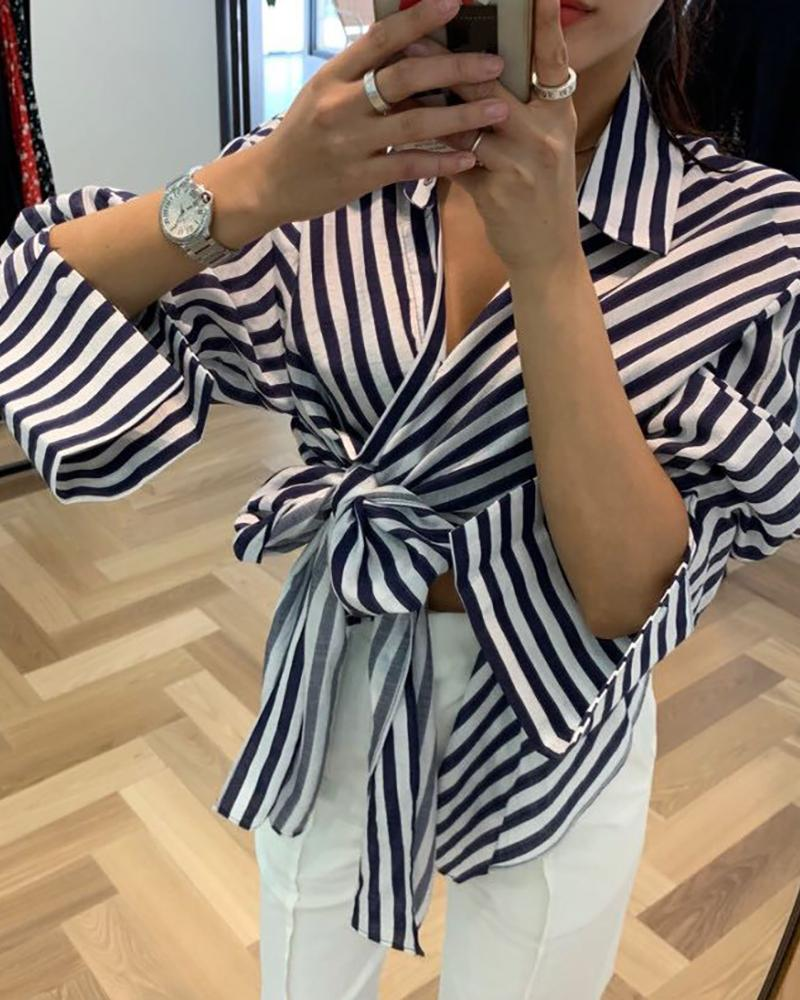 Striped Colorblock Knotted Buttoned Shirt фото