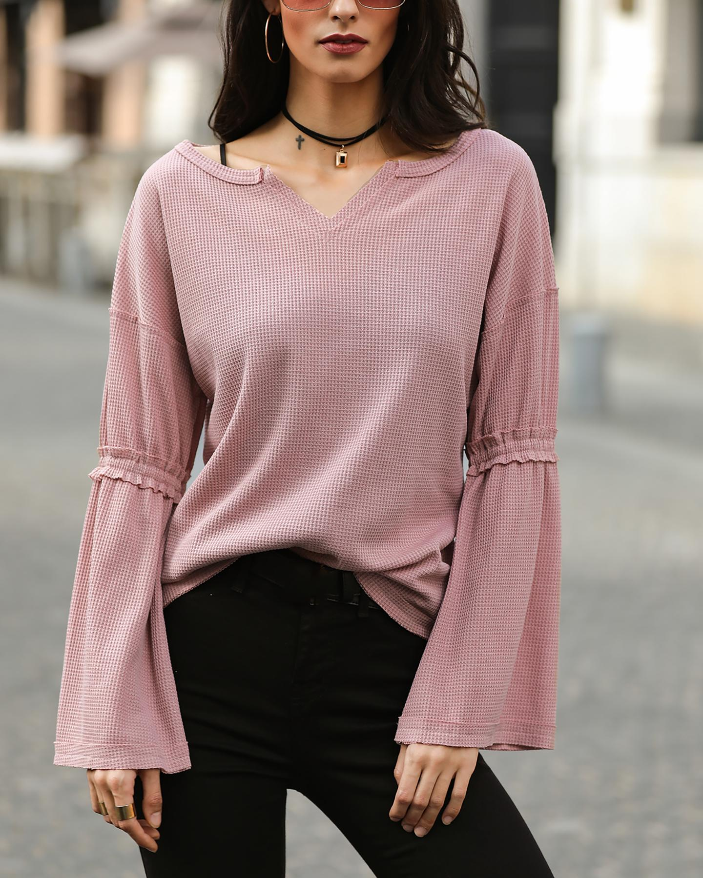Solid Bell Sleeve Casual Top фото