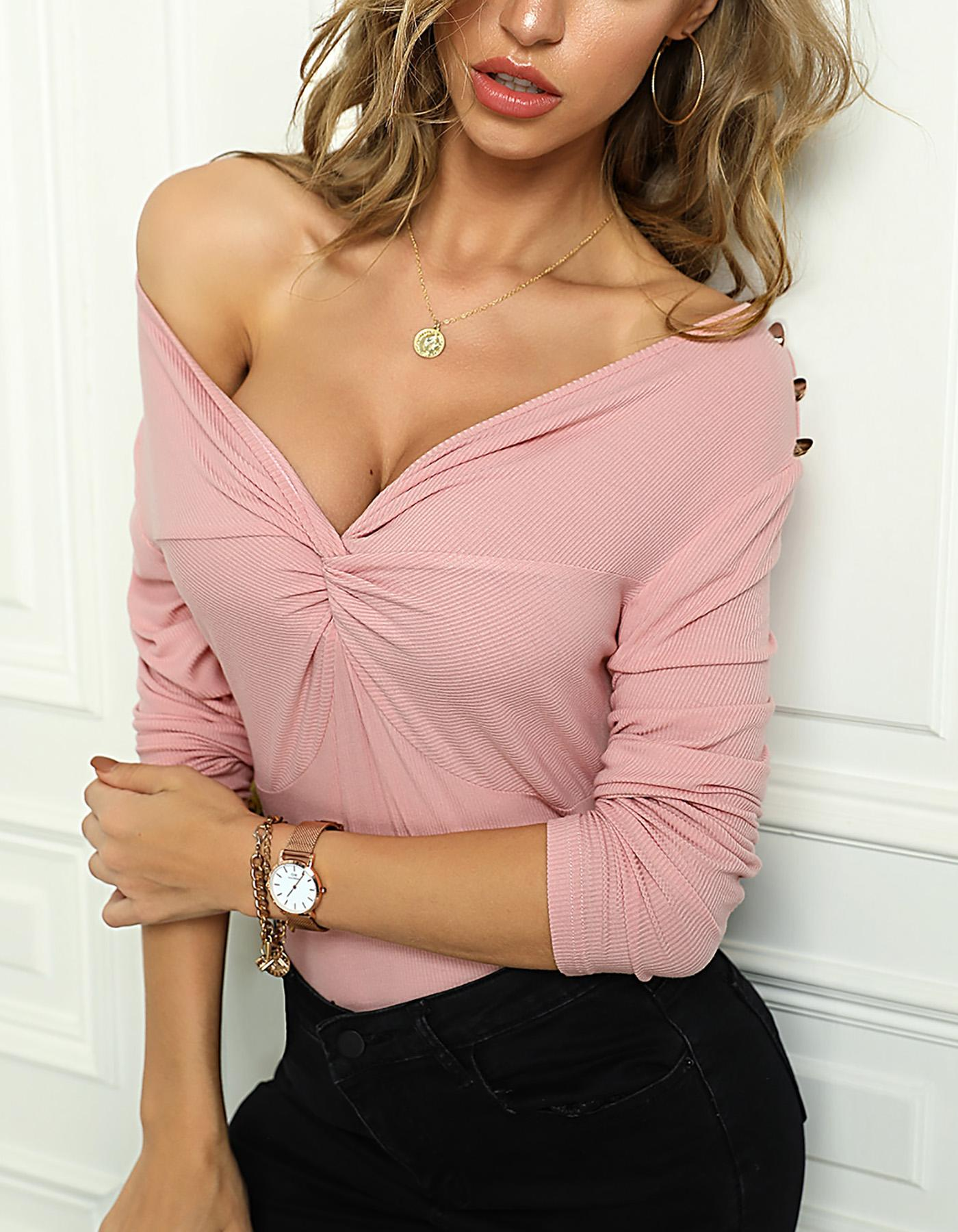 Solid Twisted Off Shoulder Blouse фото