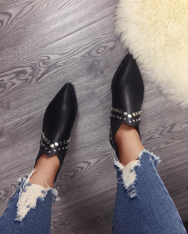 Stud Embellished Point Toe Short Boots