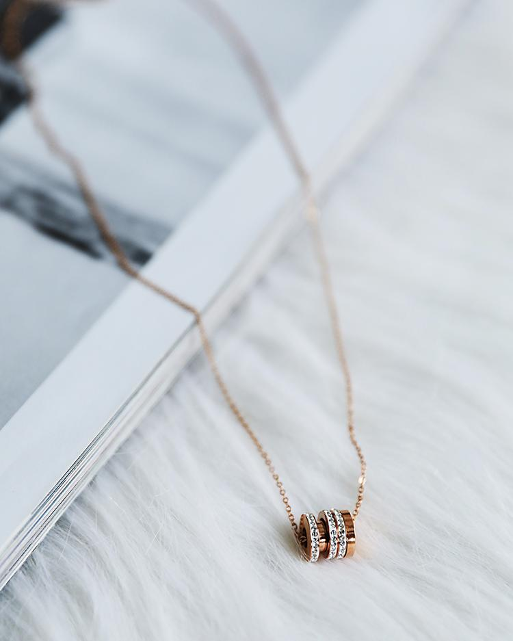 Circle Pendant Chain Link Necklace, Rose gold