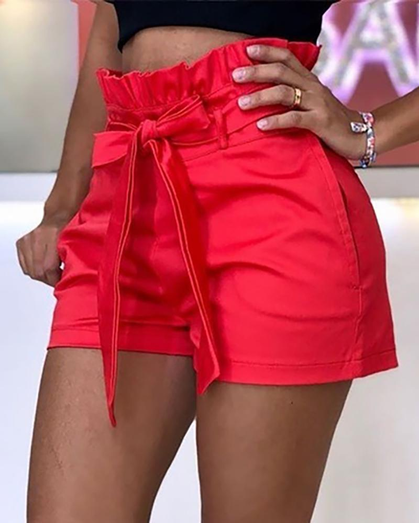 Frills High Waist Short Pants With Belt фото