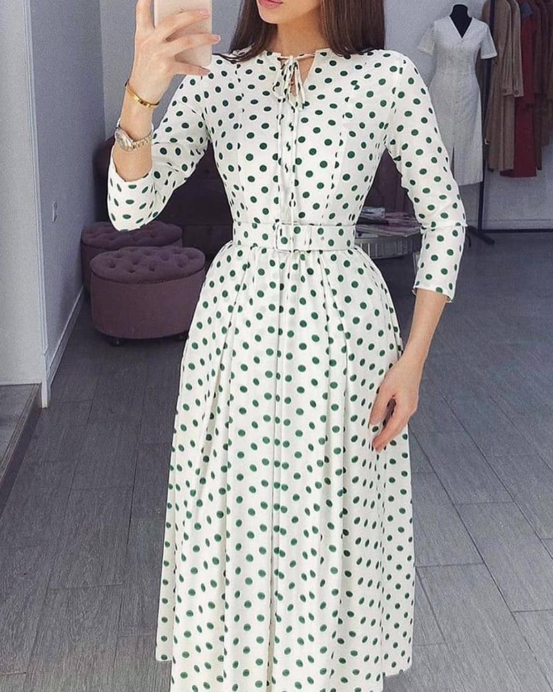boutiquefeel / Vestido maxi com babados com estampa polkadot com detalhes amarrados