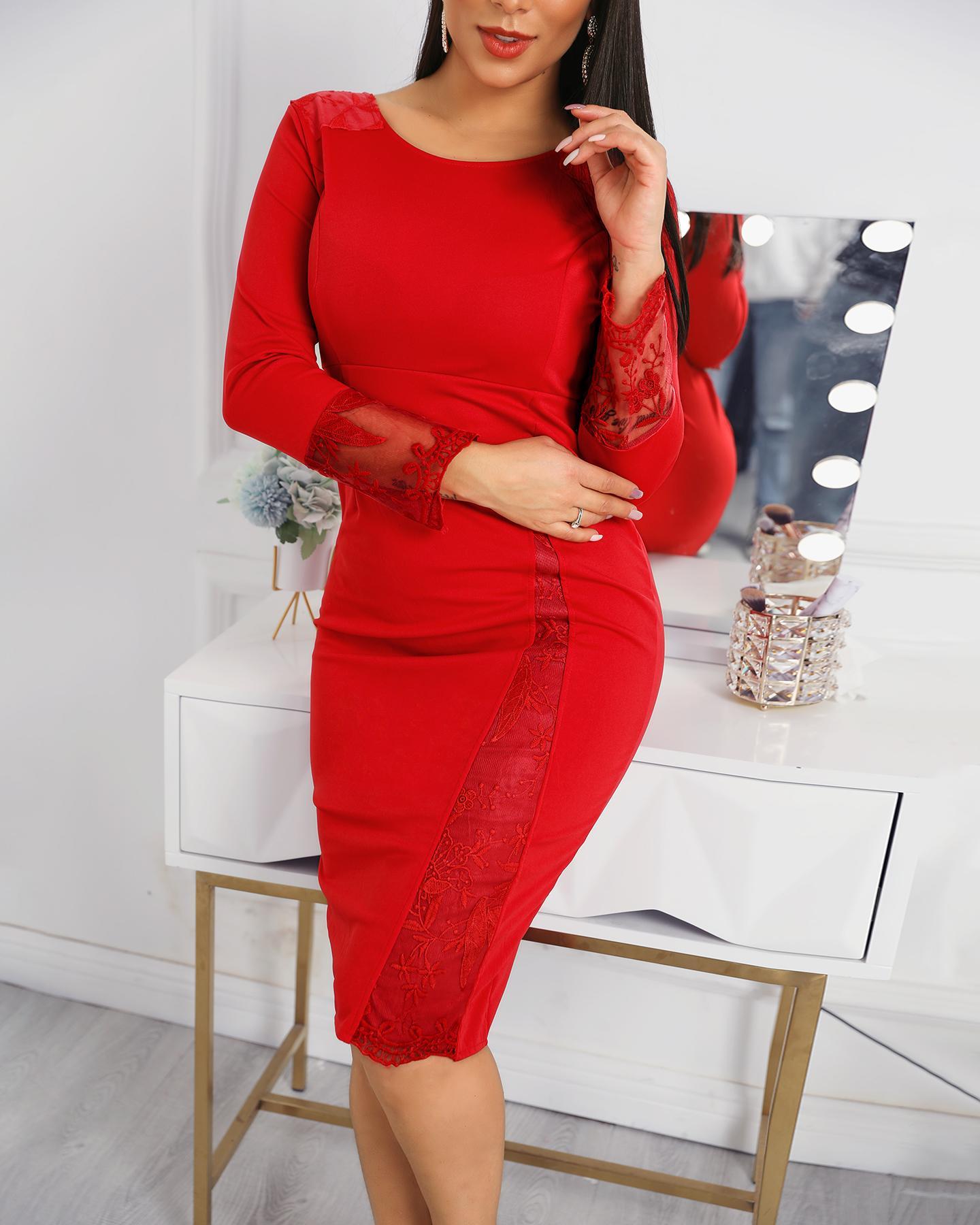 chicme / Vestido midi bordado con detalle de encaje de malla