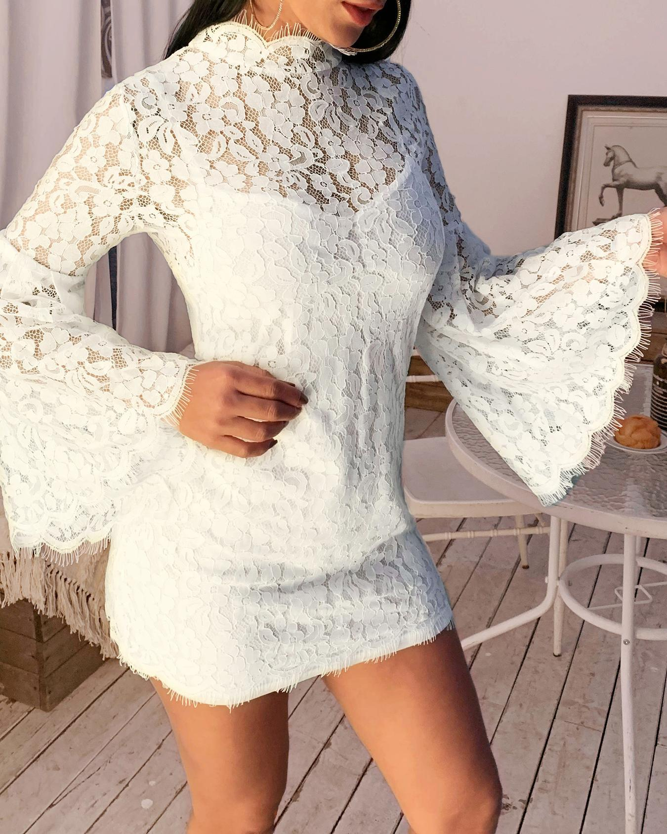 Eyelash Lace Bell Sleeve Bodycon Dress фото