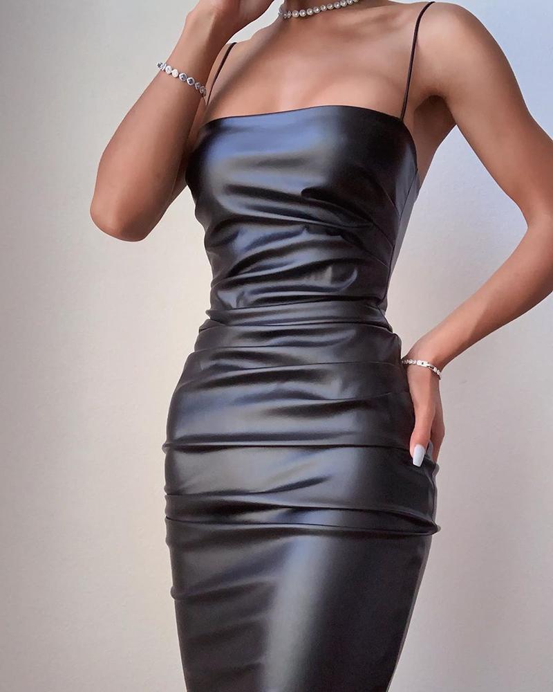 ivrose / Correia de espaguete sólido PU Bodycon Ruched Dress