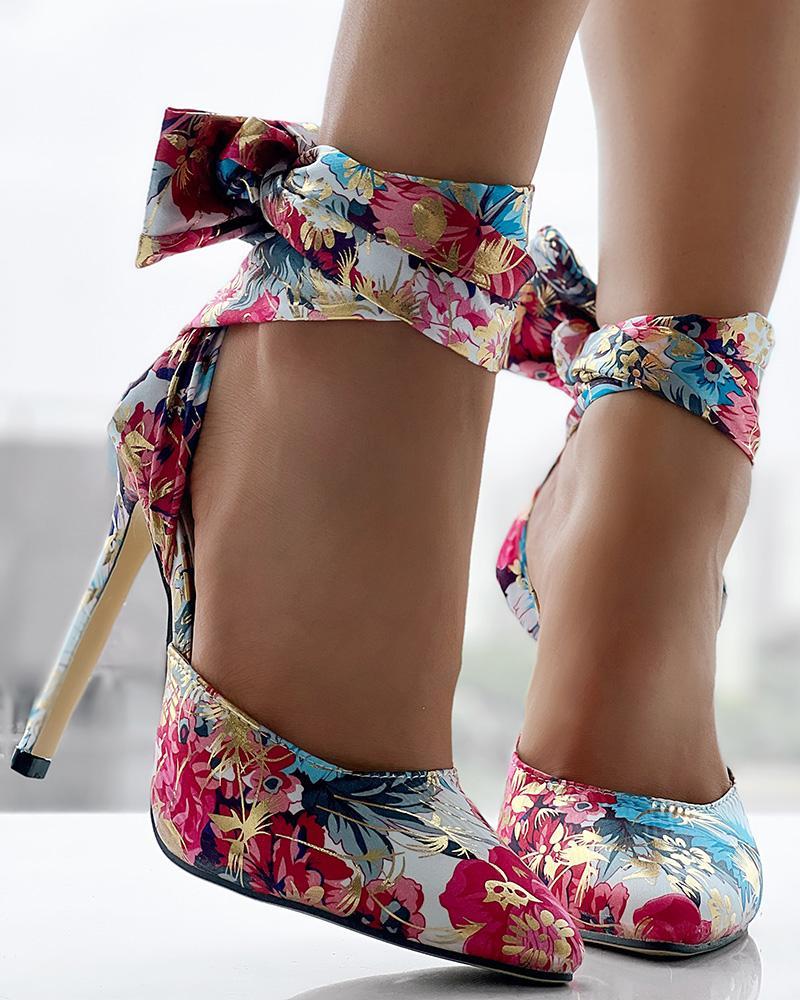 chicme / Saltos finos com tornozelo amarrado com estampa floral