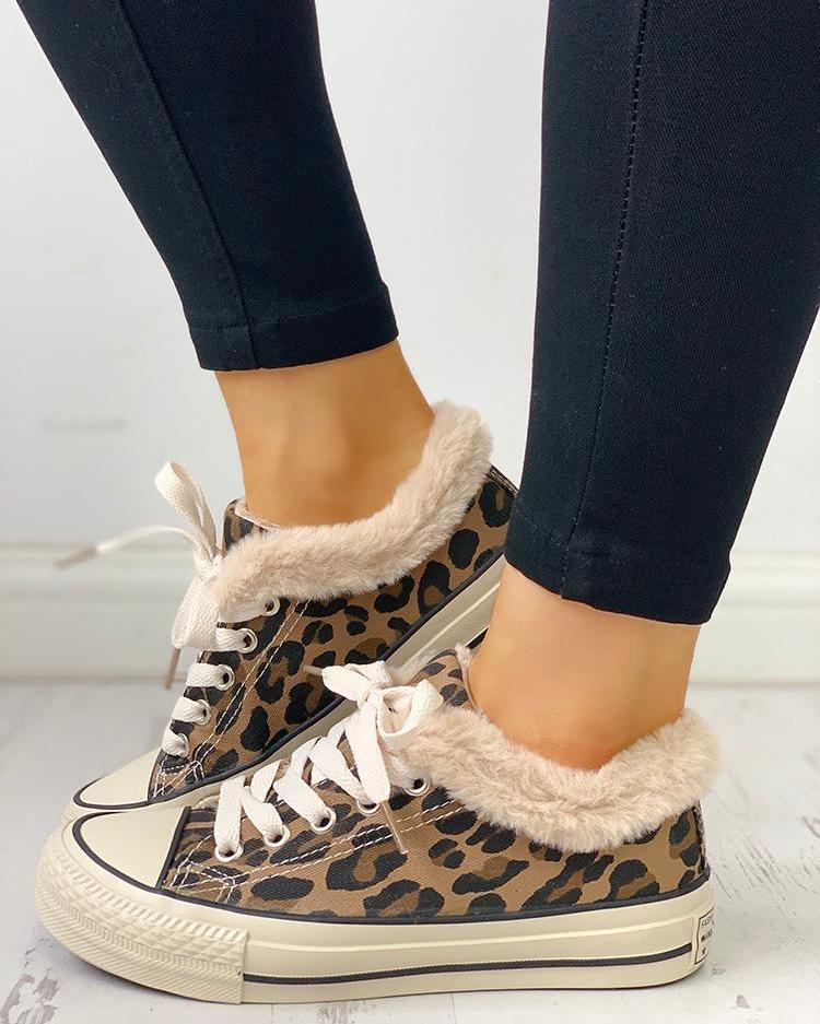 chicme / Zapatillas de deporte bajas con cordones de Leopardo mullido