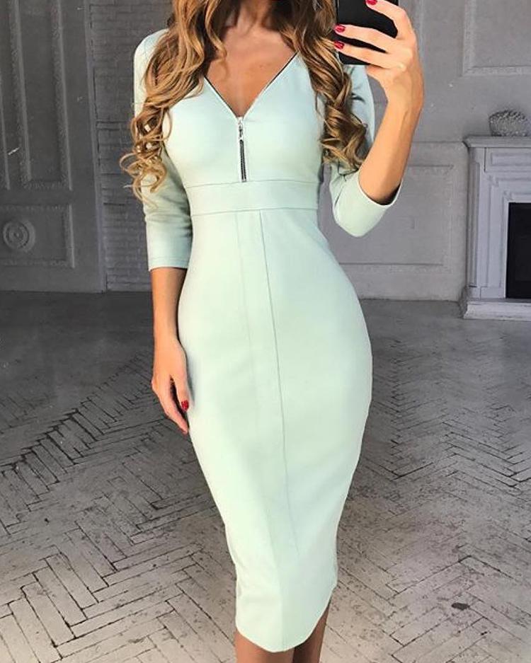 chicme / Vestido ajustado con cuello en V y diseño de cremallera