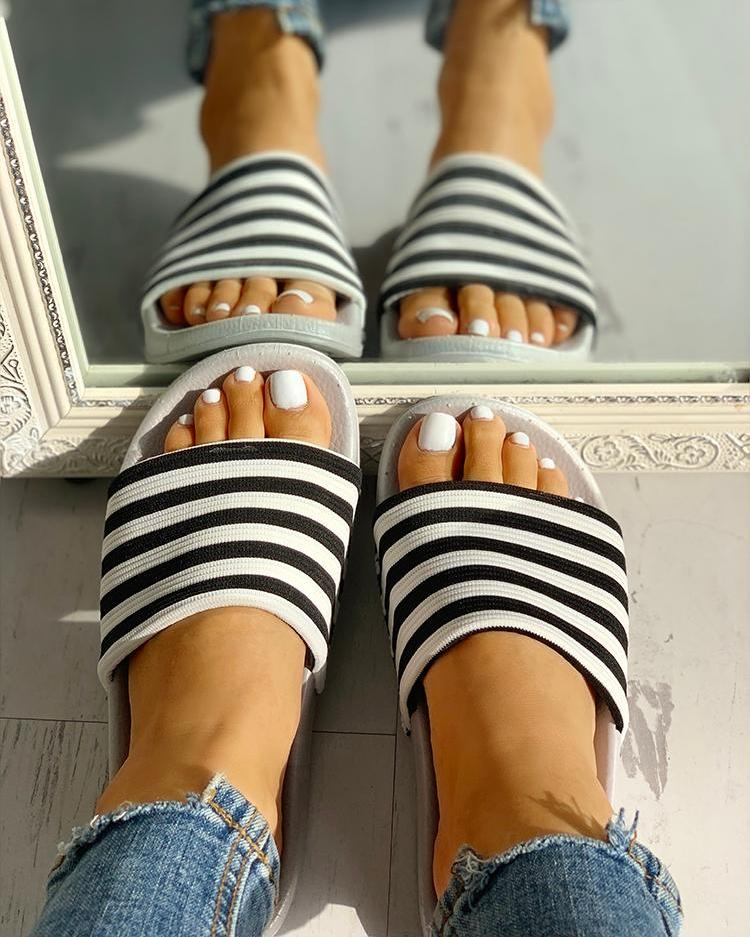 Striped Single Strap Open Toe Flat Sandals, Gray