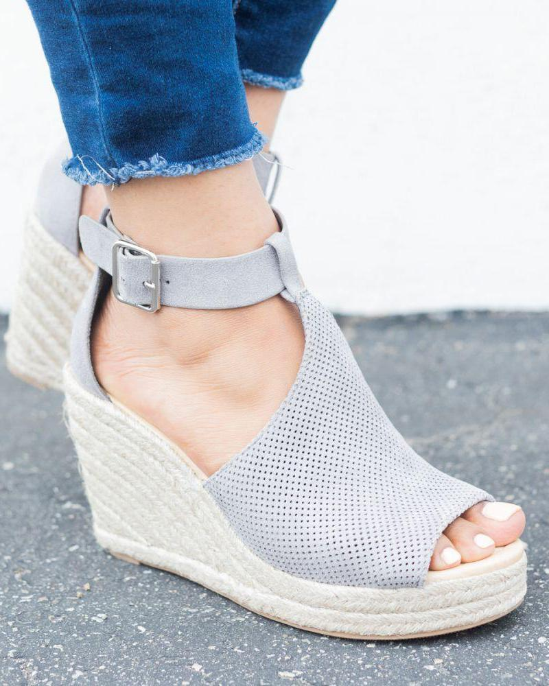 joyshoetique / Suede Hollow Out Espadrille Wedge Sandals