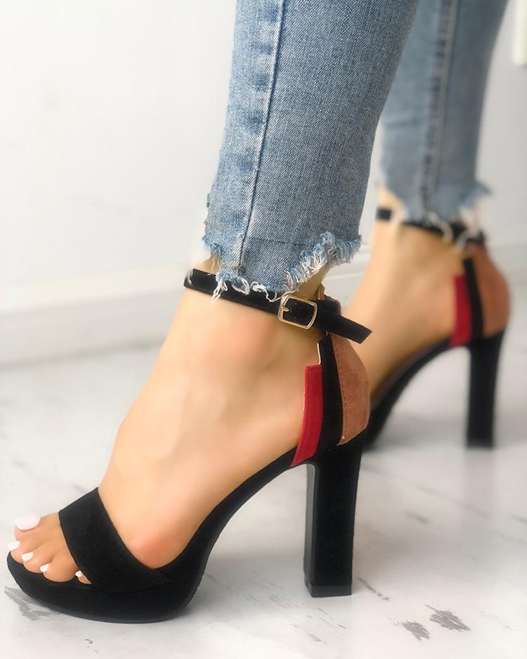 joyshoetique / Contrast Color Single Strap Chunky Heeled Sandals