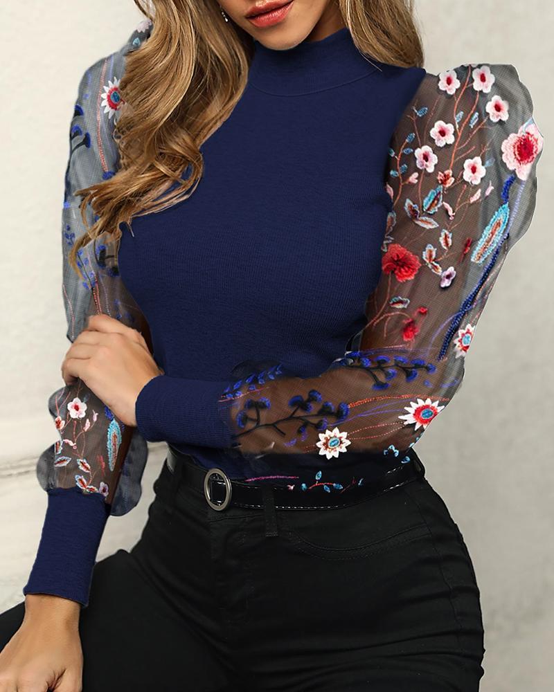 chicme / Blusa bordada de flores com mangas bufantes