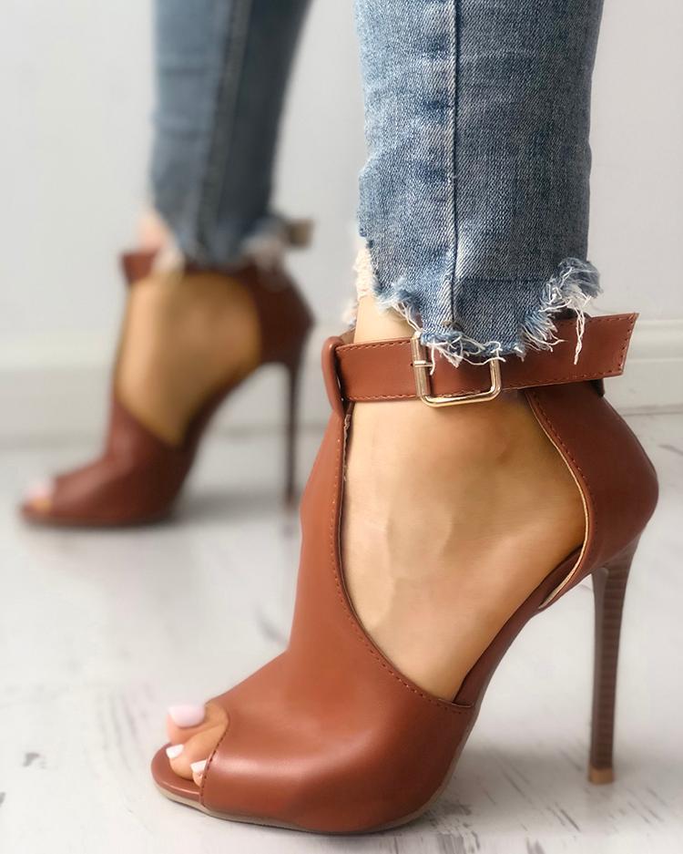 joyshoetique / Solid Buckled T-Strap Thin Heeled Sandals