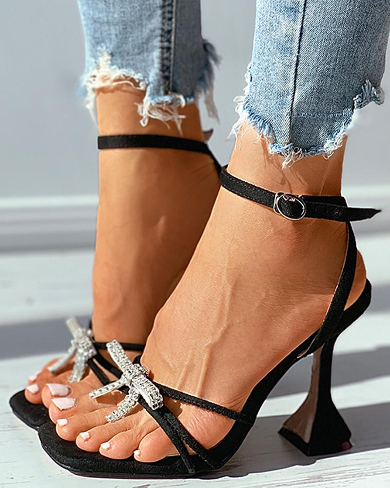 joyshoetique / Studded Bowknot Square Toe Pyramid Heel