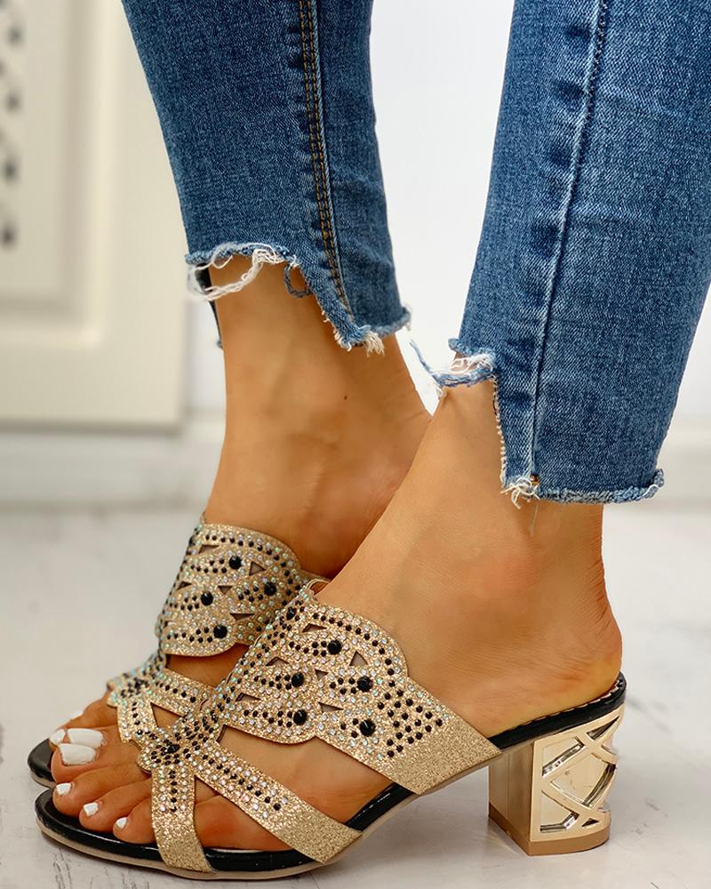 Studded Cut Out Design Chunky Heeled Sandals фото