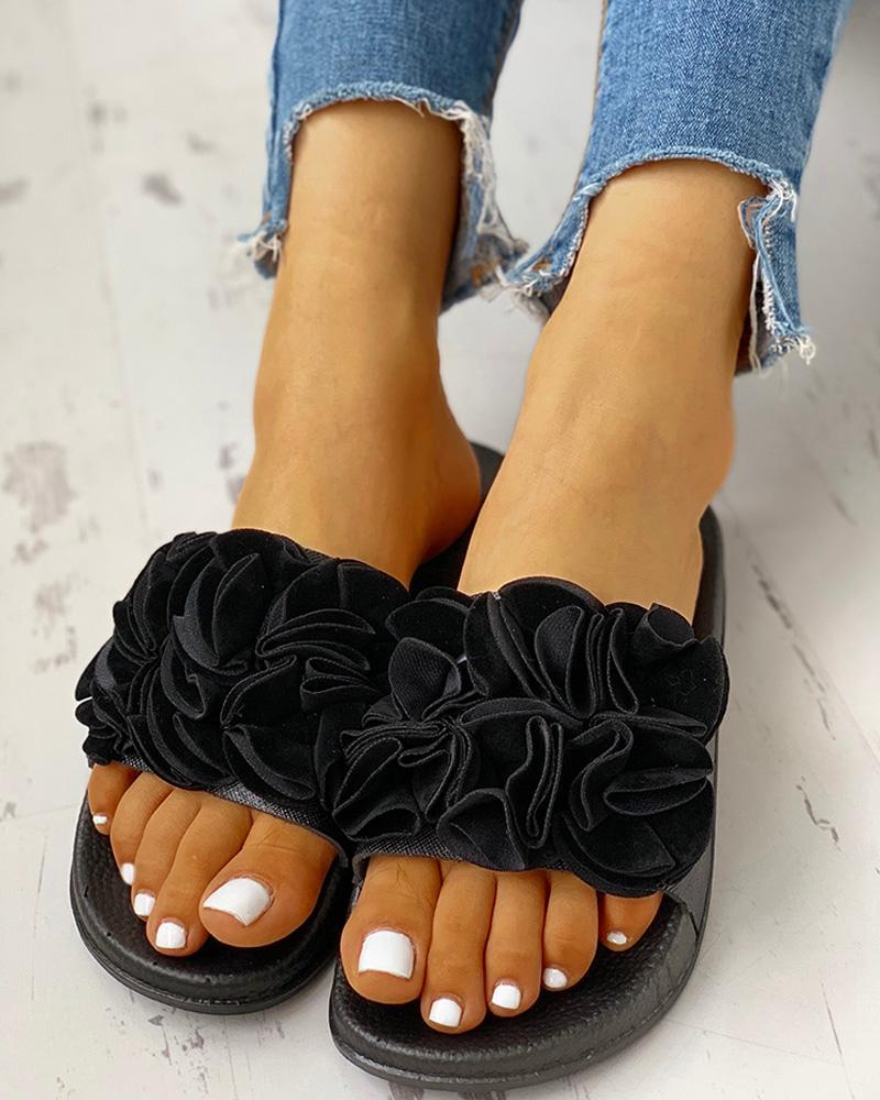 Ruched Flower Embellished Flat Sandals фото