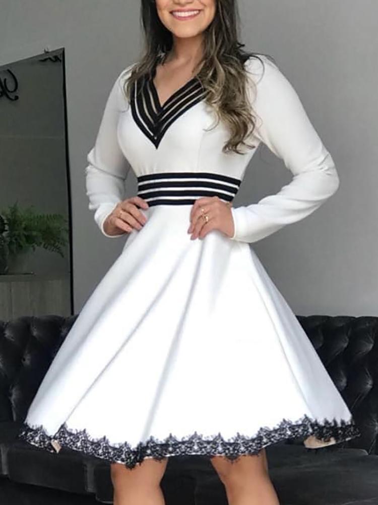 Striped Splicing Eyelash Lace Hem Mini Dress