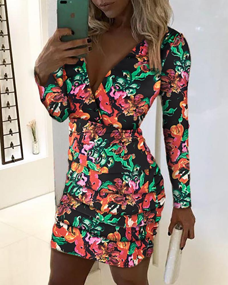 Deep V Floral Bodycon Mini Dress фото