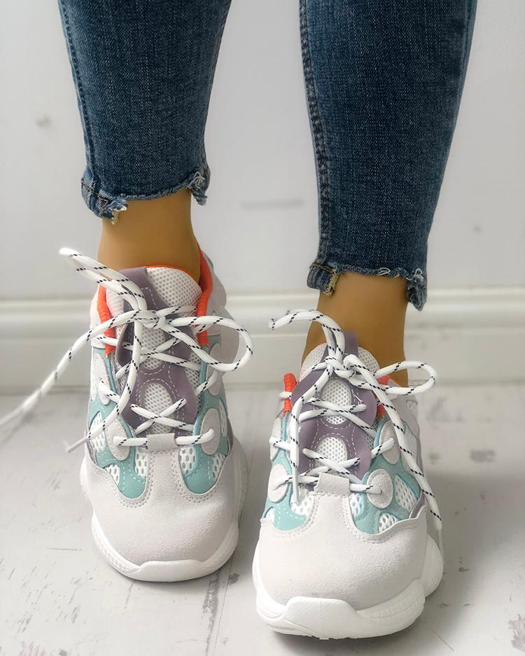 Lace-Up Net Splicing Breathable Sneakers