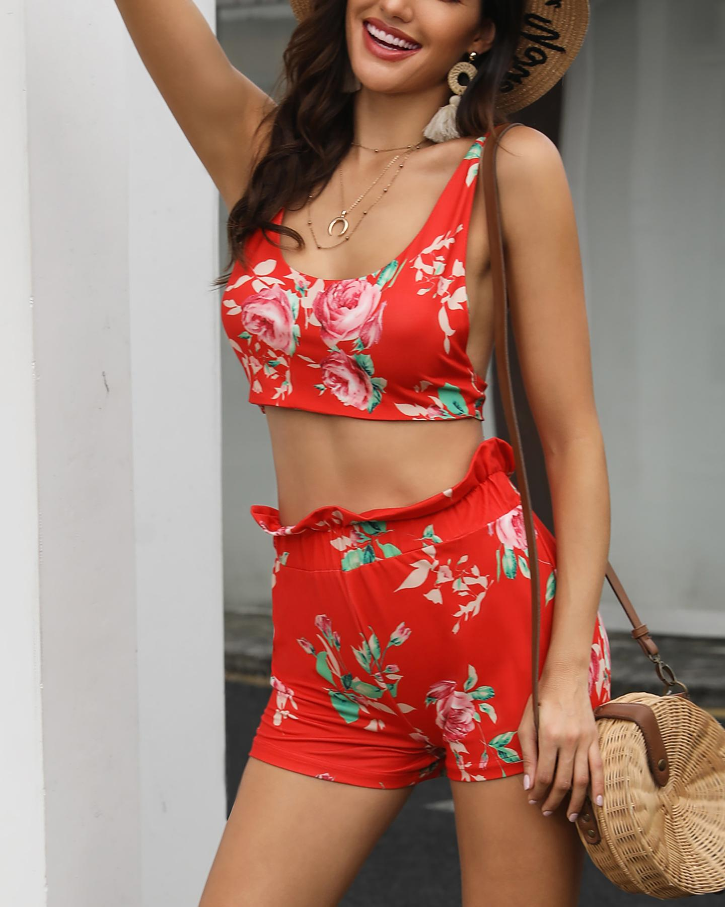 Floral Print Thin Strap Top & Short Set фото