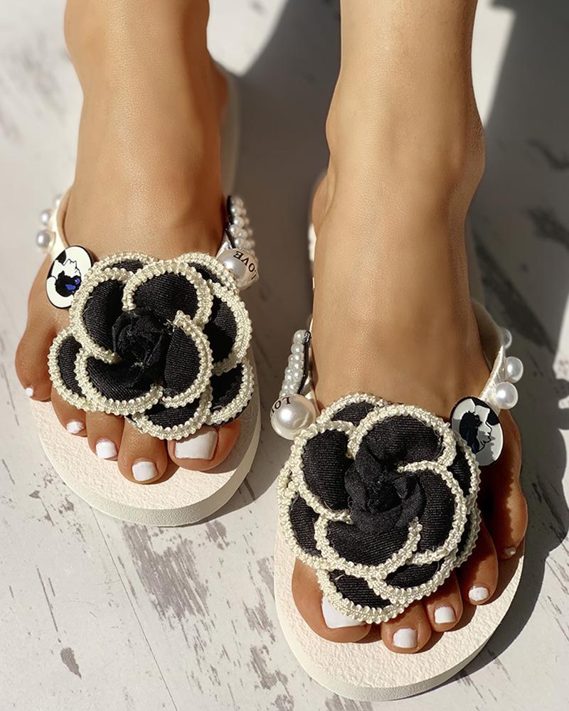 ivrose / Flower Embellished Toe Post Flat Sandals