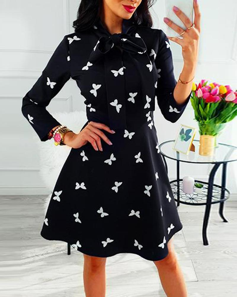 Random Geometric Print Tie Neck Casual Dress фото