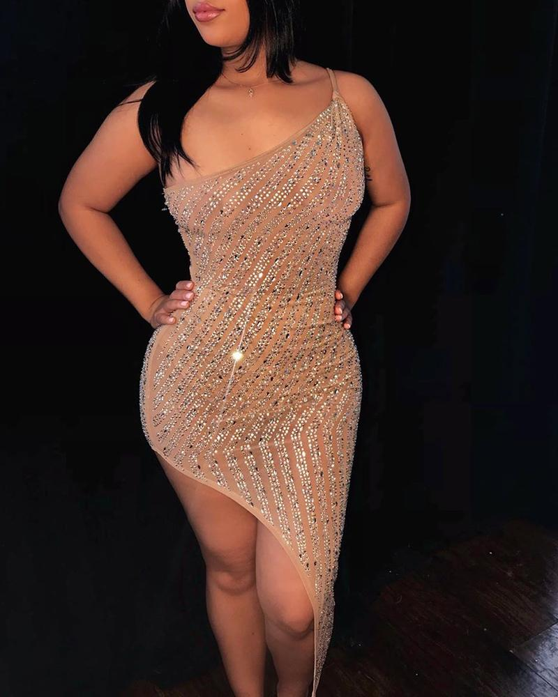 chicme / Vestido ajustado irregular con estampado en caliente de un hombro