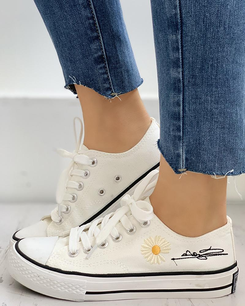 Daisy Pattern Eyelet Lace-up Sneakers фото
