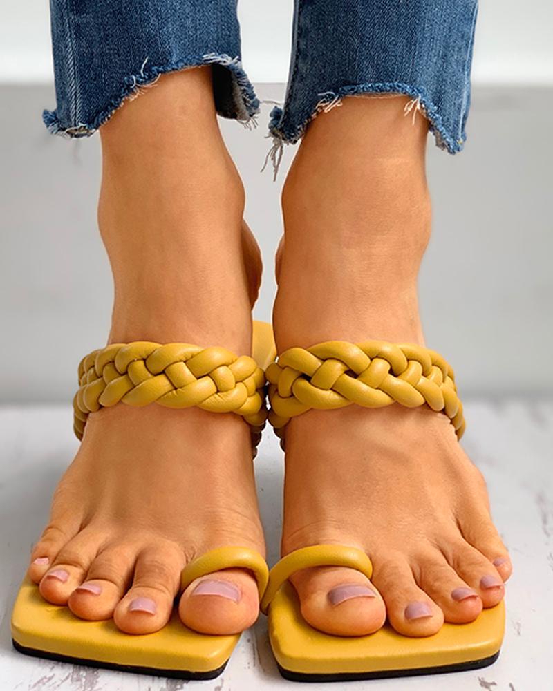 joyshoetique / Toe Ring Braided Flat Sandals