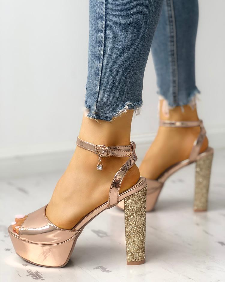 chicme / Open Toe Shiny Chunky Heeled-Sandals