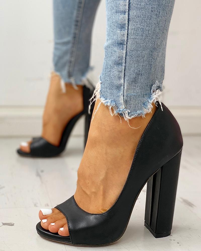 Solid Peep Toe Casual Heeled Sandals