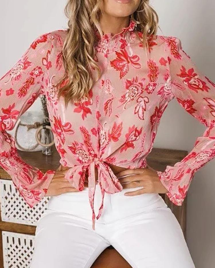 chicme / Blusa Floral Front Knot Front Crop