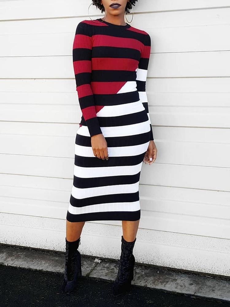 ivrose / Vestido a media pierna con rayas en color contraste en contraste