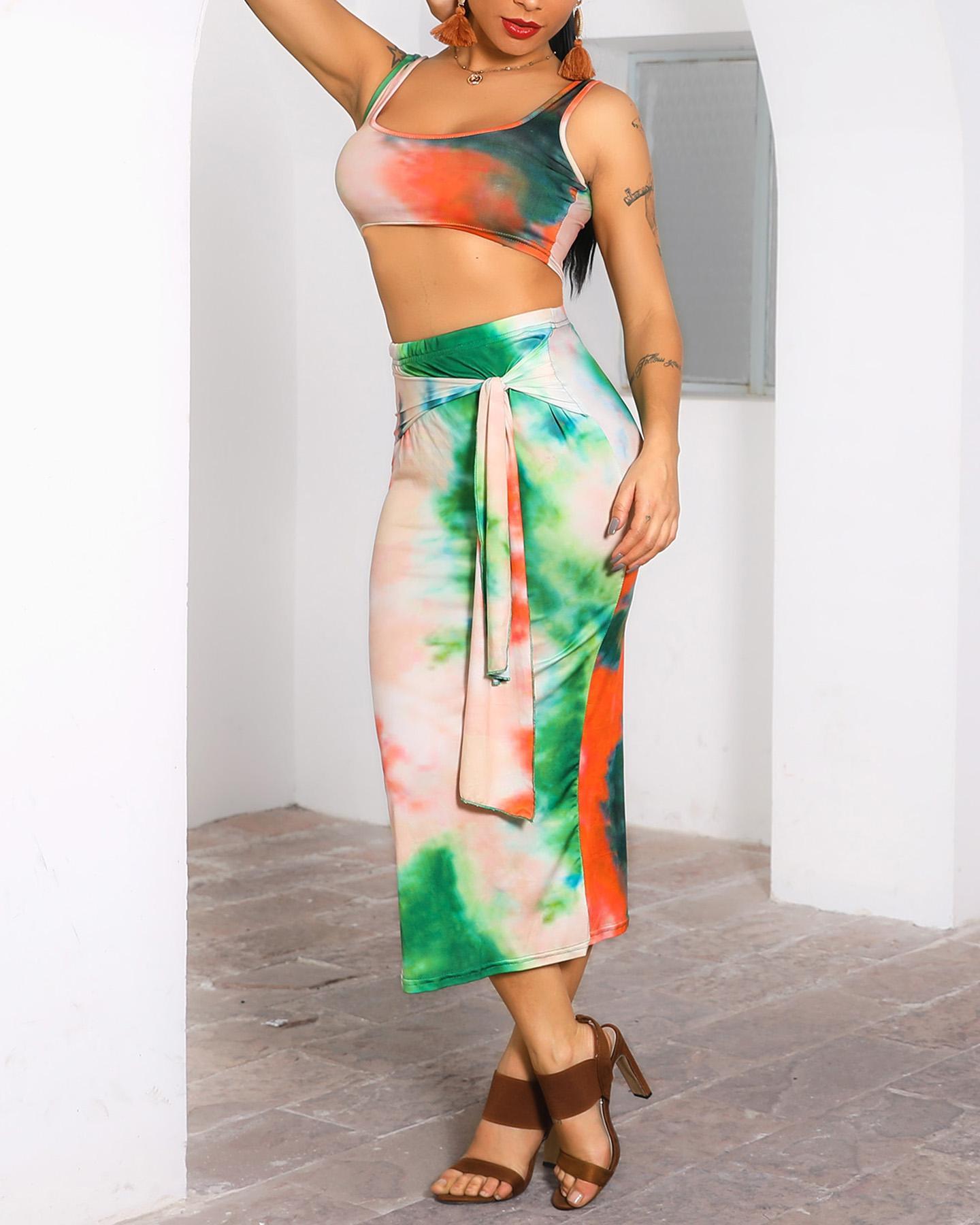 Tie Dye U-Neck Crop Top & Sllinky Skirt Sets