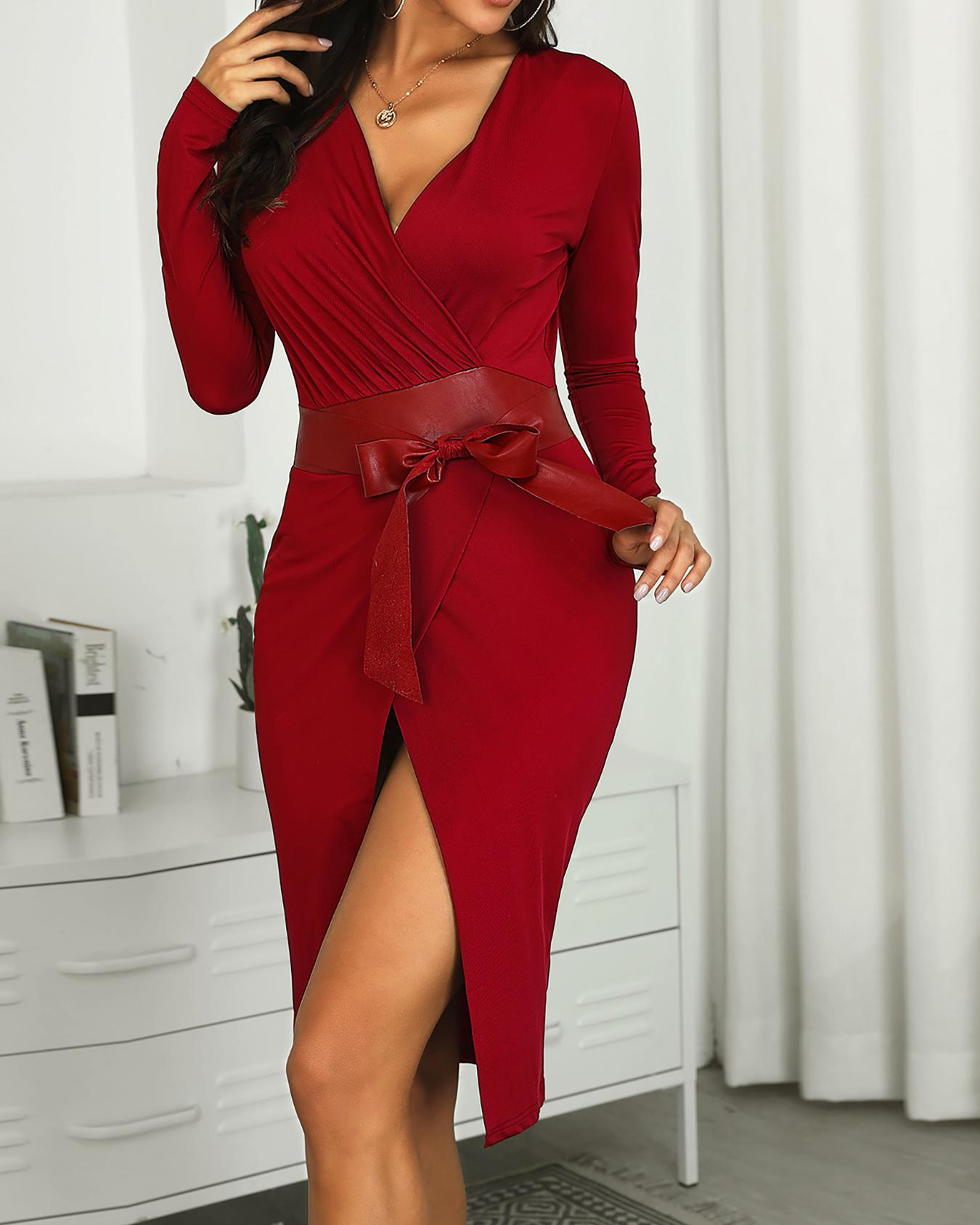 Solid V-Neck Scrunched Wrap Dress фото